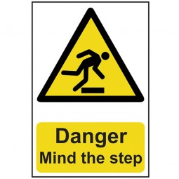 Scan Danger Mind The Step Safety Sign 200mm x 300mm